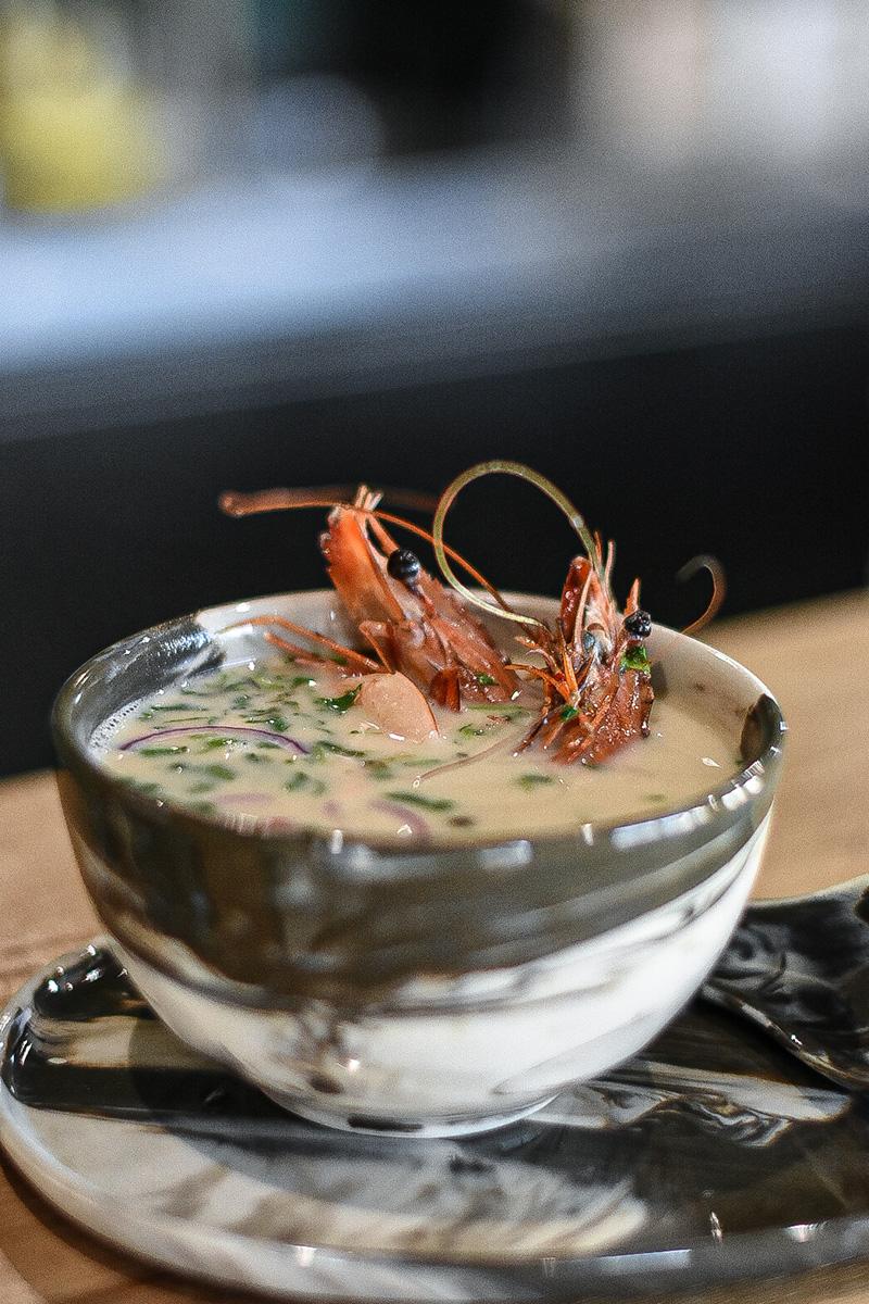 aromatyczna zupa tom kha zkrewetkami