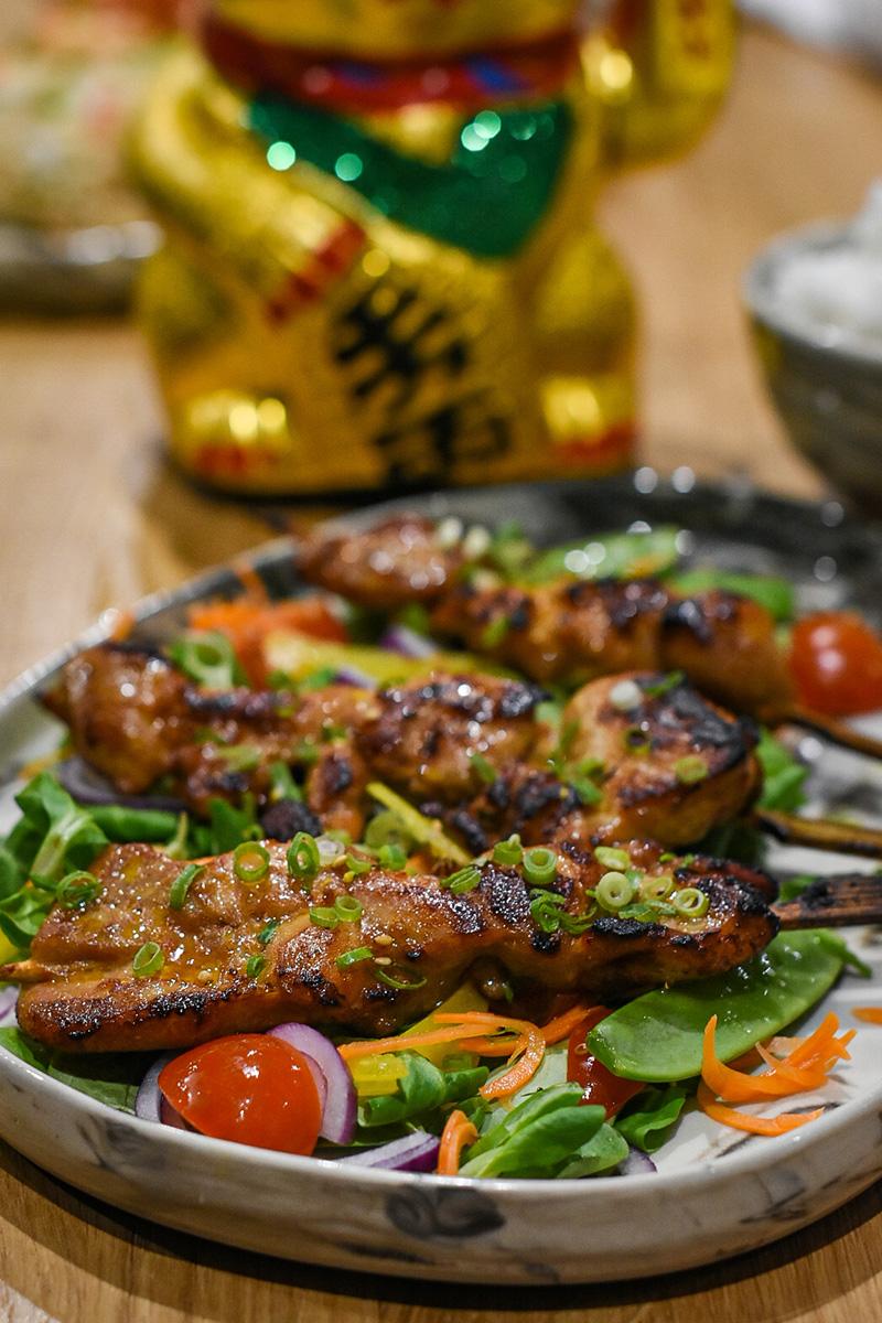 Yakitori, czyli szaszłyki ztradycyjnie marynowanego kurczaka